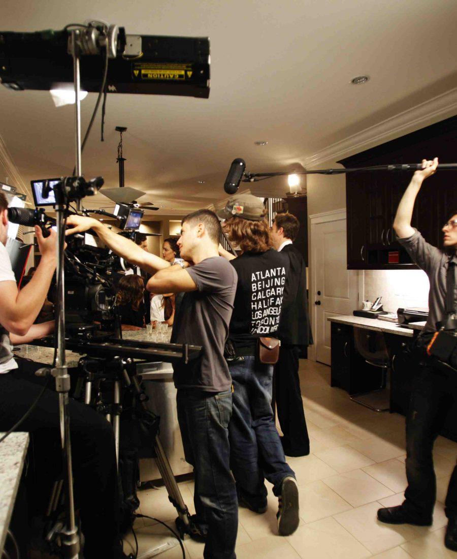 Báo giá dịch vụ quay phim, chụp ảnh chuyên nghiệp Hollywood